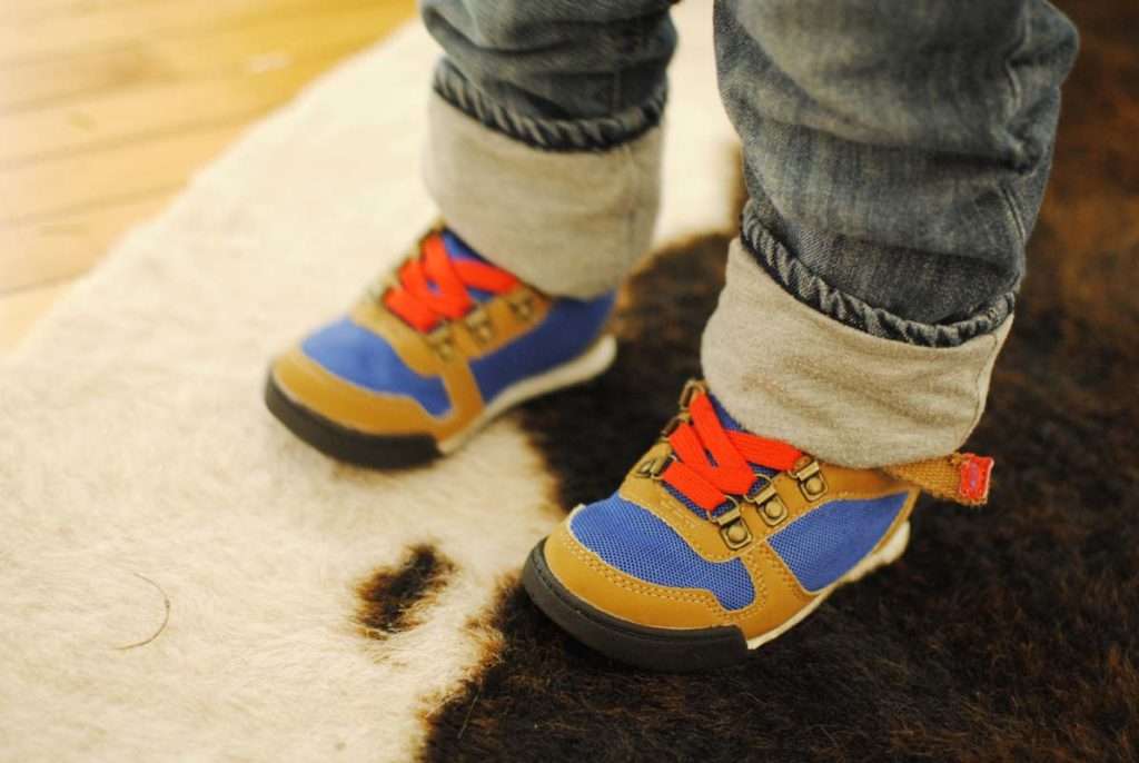 best-shoes-for-active-toddlers